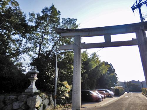 日牟禮八幡宮 (1)_resized