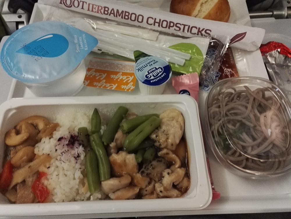 Finnair フィンエアー 機内食 ヘルシンキ 名古屋