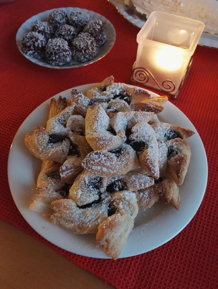 Joulu kahvipöytä Joulutorttu フィンランド クリスマス お茶菓子 クリスマストルットゥ