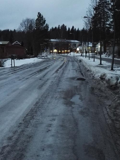 フィンランド 冬 車道