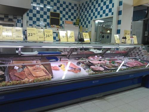 フィンランド スーパー シーフード 肉 量り売り