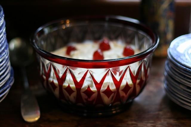 Victorian_trifle.jpg