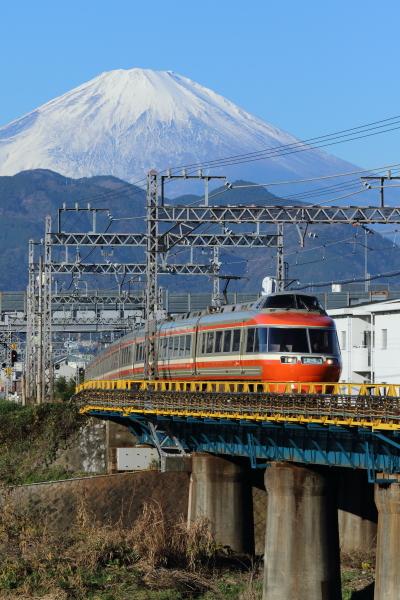 ATSU8337s.jpg