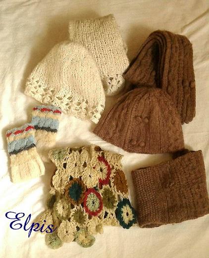 cap, muffler, gloves