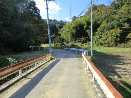 渡辺町の素掘りトンネル・2