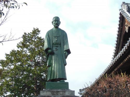 金倉寺乃木像