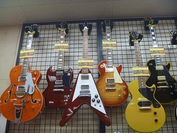 高いギター