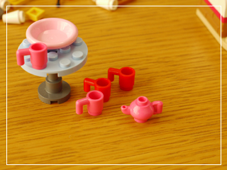 LEGOCapCakeCafe38.jpg