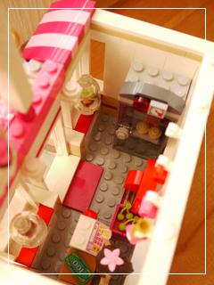 LEGOCapCakeCafe59.jpg