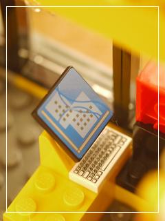 LEGOStore06.jpg