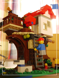 LEGOTreeHouse50.jpg