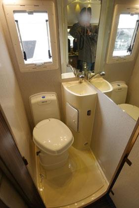 15vannobトイレ