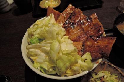 122豚丼