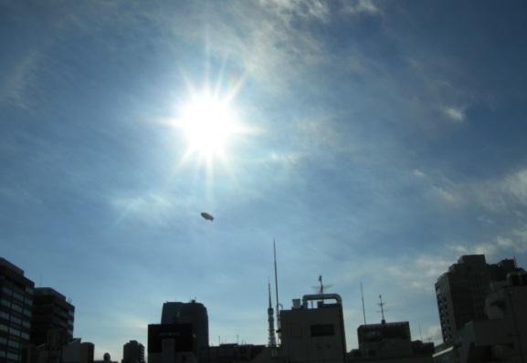 太陽と飛行船2
