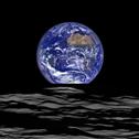 月から見える地球3