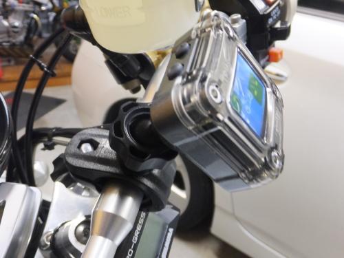 Airmoni Bike (エアモニ バイク) タイヤの空気圧/温度をモニターで確認!