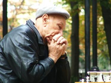 チェス 老人 決断