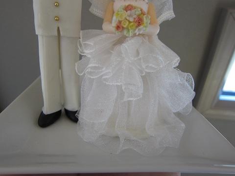 ウェディングケーキ人形5