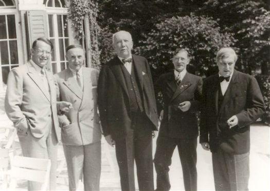 Strauss 1944
