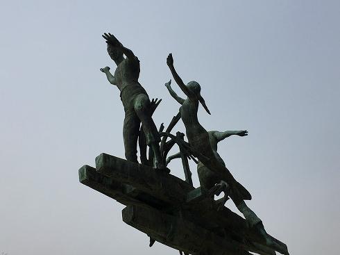 戦没船員の碑2