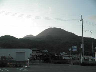 二上山全景