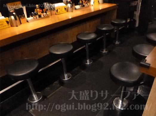 秋葉原ステーキタケルで特盛りステーキ丼009