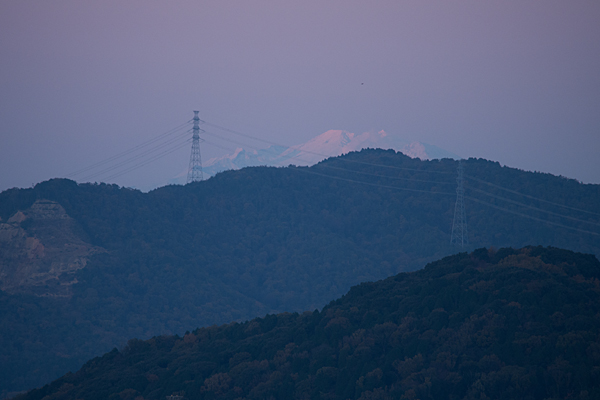 雪を被った御嶽山
