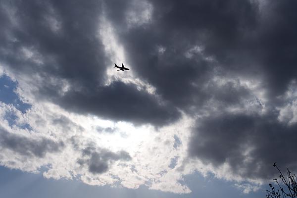 河原で飛行機