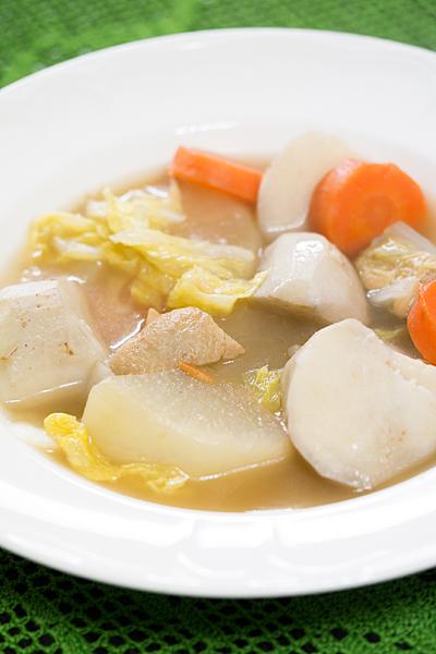 里芋入りの野菜スープ