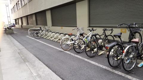 丸の内パークイン(新国際ビル側)自転車置けます。