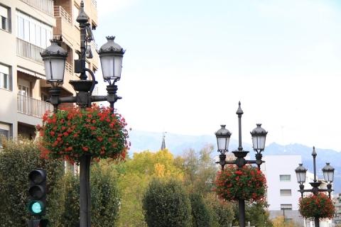 1405 Granada