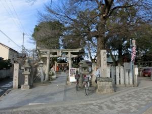 20160110_03布忍神社