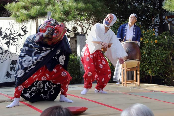 漢国神社 獅子舞3