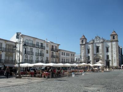 ポルトガル228エヴォラジラルド広場