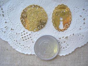 銅メタル:オーバルネコ、すかし