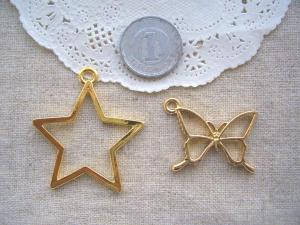 カラワク:大きな星G、蝶
