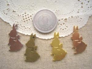 ウサギ4色