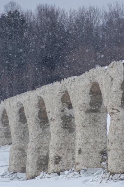 雪のタウシュベツ橋梁