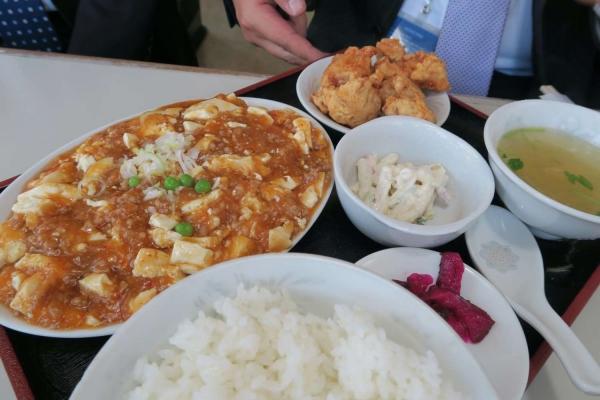レストラン 龍栄
