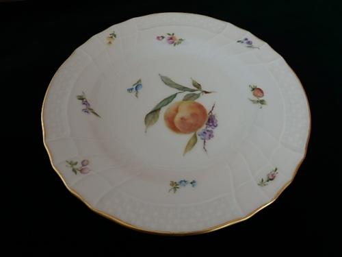 黄桃のケーキ皿