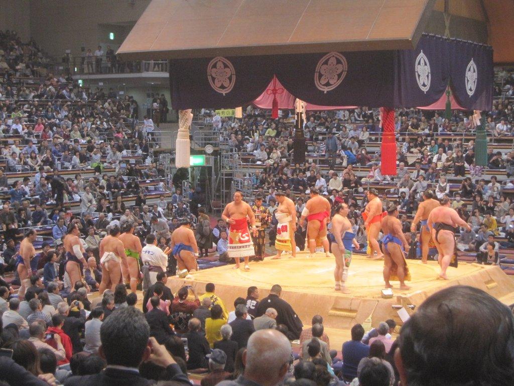 大相撲平成27年11月場所幕内土俵入り
