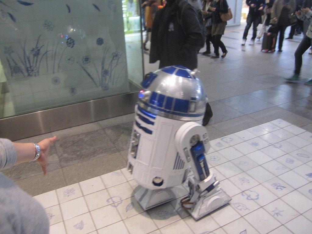 博多駅内R2D2