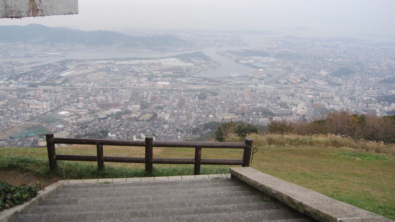 皿倉山響灘方面景色