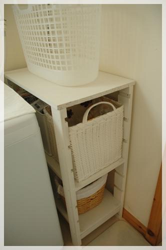 洗面所収納のカゴ