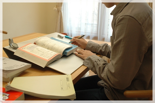 姿勢よく勉強できる