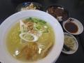 比内地鶏白湯ラーメン