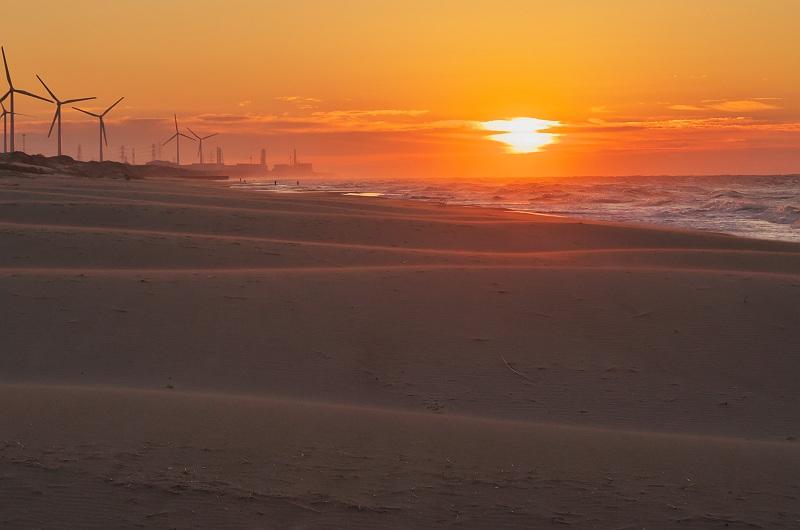 夜明けの海 2