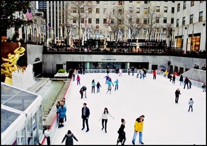 冬の間はスケート場
