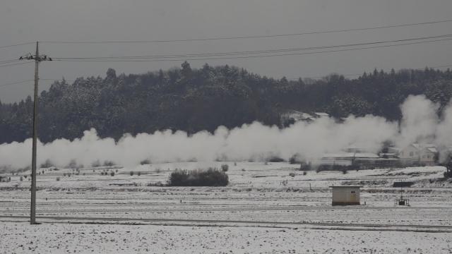 汽車が残した煙