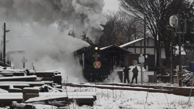 西田井駅の発車シーン、煙と水蒸気をご覧ください 4